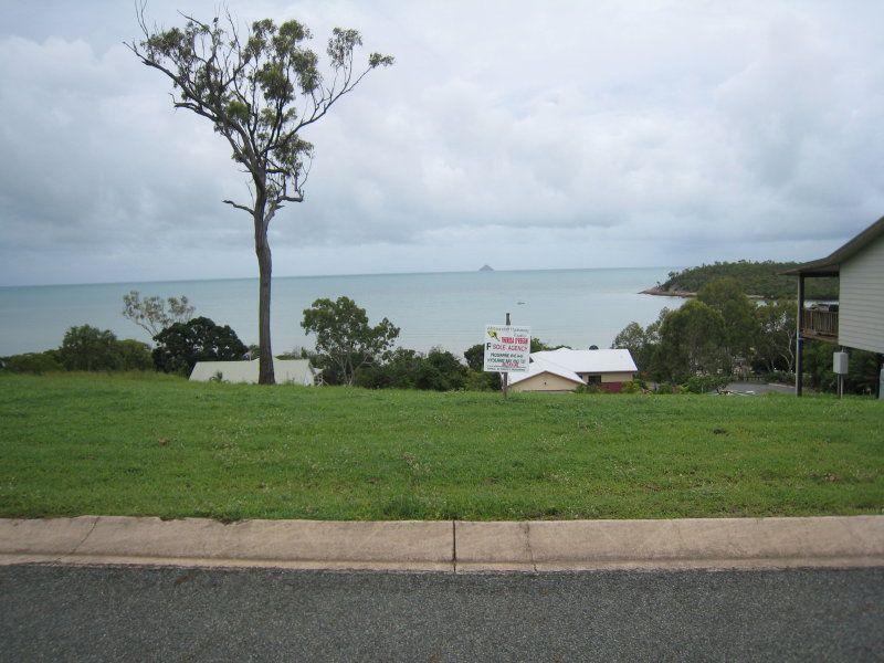 13 Gloucester Avenue, Hideaway Bay QLD 4800, Image 1