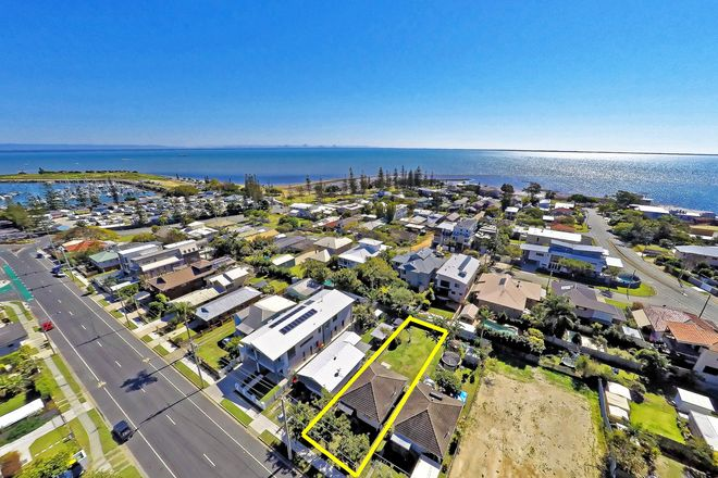 8 Fifth Ave, SCARBOROUGH QLD 4020