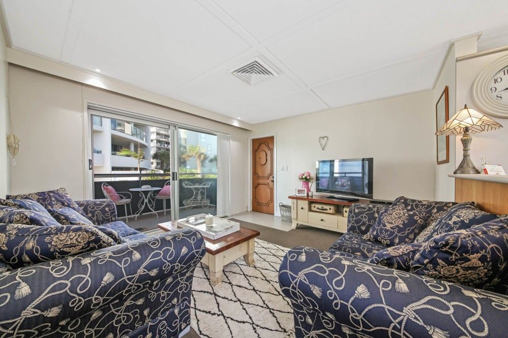 4/34 Woodcliffe Crescent, Woody Point QLD 4019, Image 1