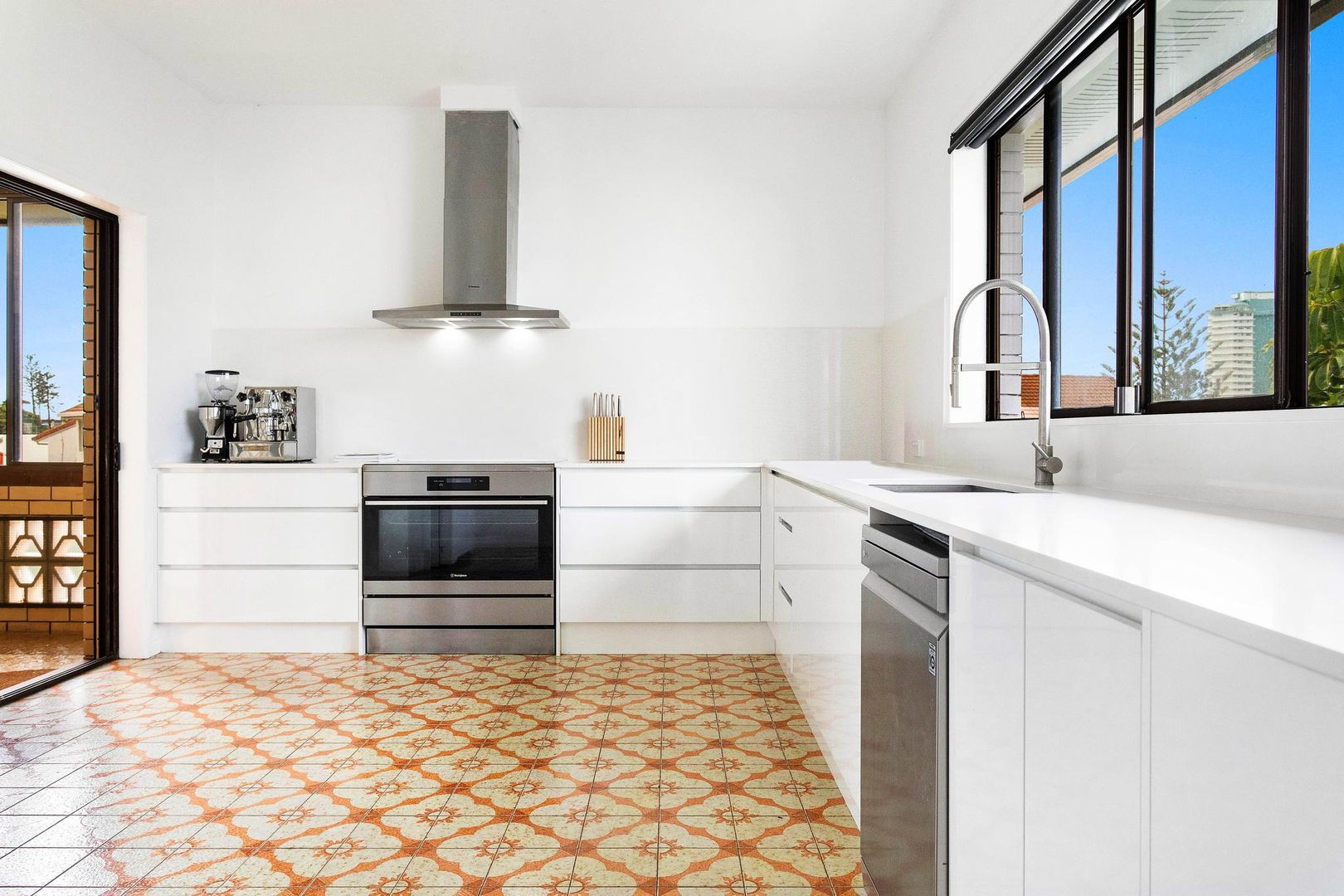 63 Tweed Street, Coolangatta QLD 4225, Image 0