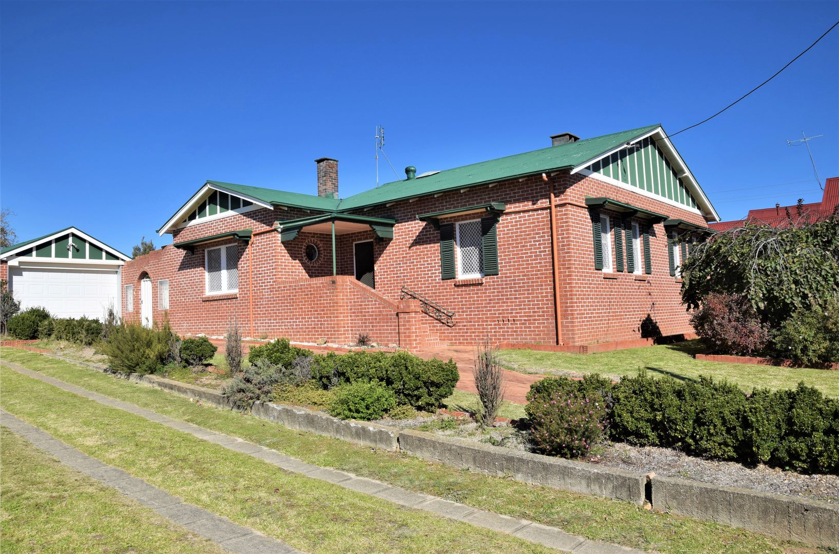359 Rouse Street, Tenterfield NSW 2372, Image 0
