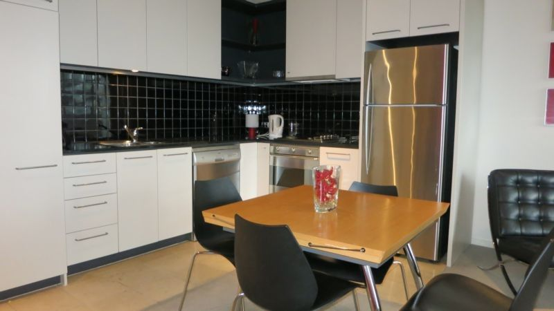 702/118 Russell Street, Melbourne VIC 3000, Image 2