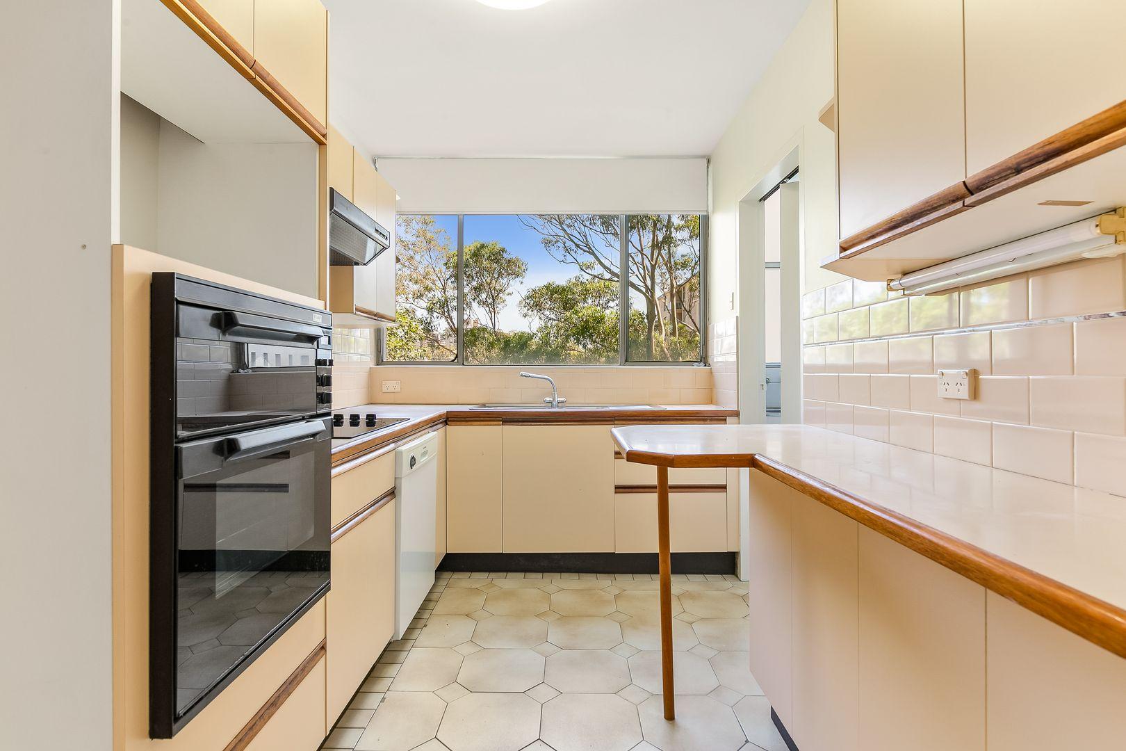 29/40 Penkivil Street, Bondi NSW 2026, Image 2