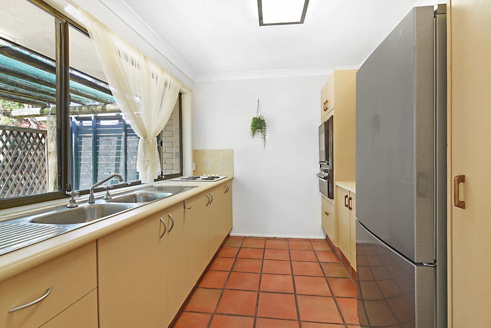 11/5 Balfour Crescent, Highland Park QLD 4211, Image 2