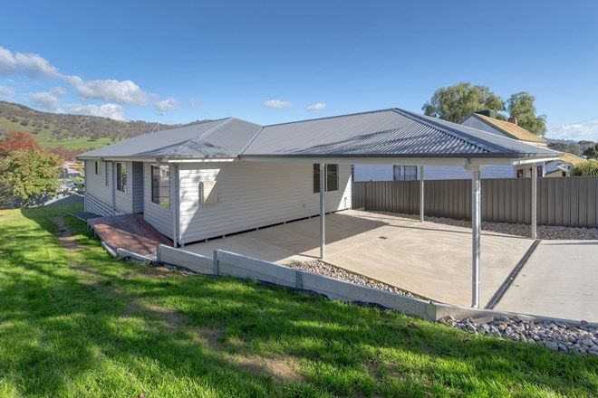 Picture of 2a Matonga Street, TALLANGATTA VIC 3700