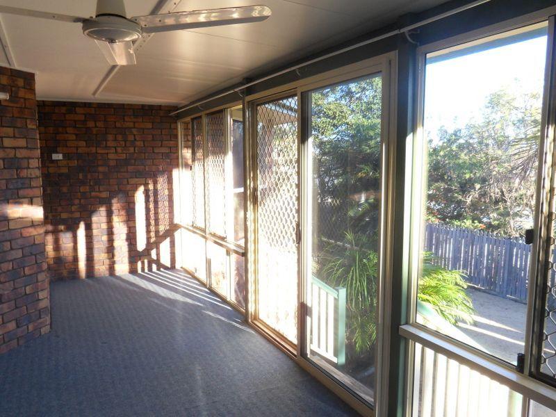48 LOMANDRA STREET, Boyne Island QLD 4680, Image 2