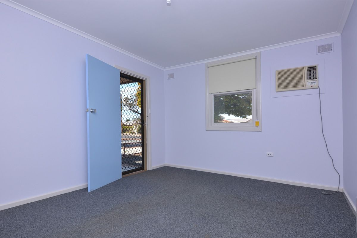 19 Heading Street, Whyalla Stuart SA 5608, Image 2