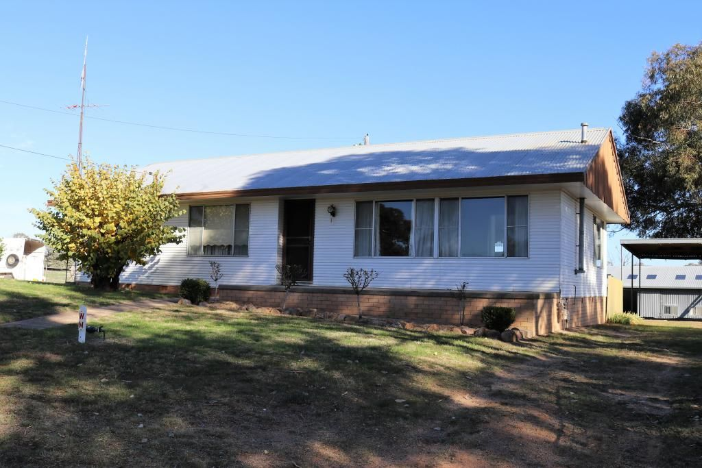 170 Chums Lane, Young NSW 2594, Image 0
