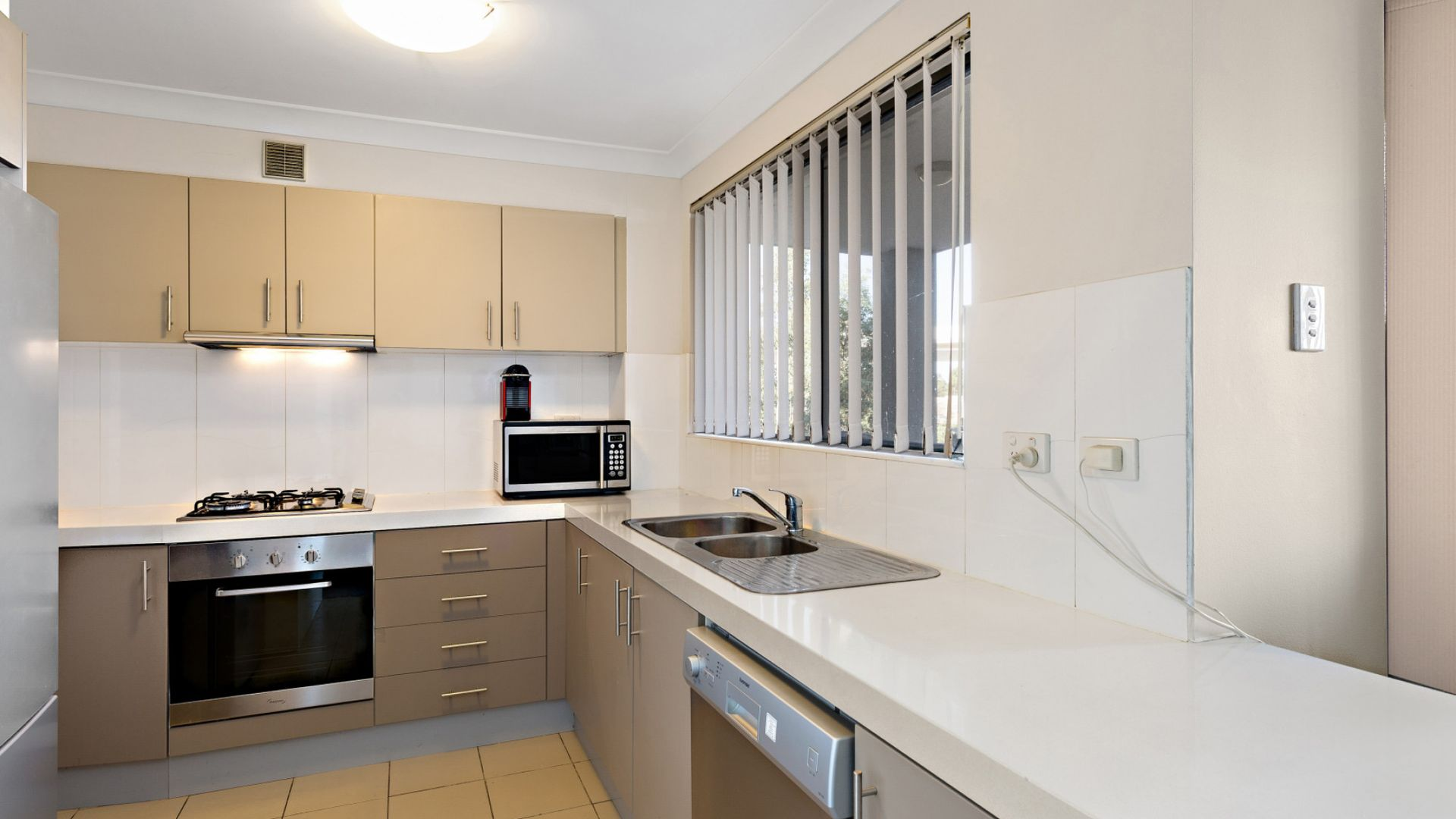 9/11 Kilbenny Street, Kellyville Ridge NSW 2155, Image 2