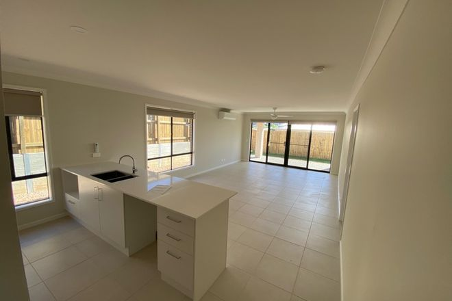 Picture of 31 Riverlily Avenue, BELLBIRD PARK QLD 4300