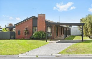 12 Mitchell Drive, Cardigan Village VIC 3352