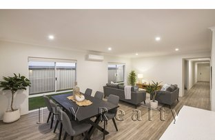 Picture of 18 Ballyneal Loop, Dunsborough WA 6281