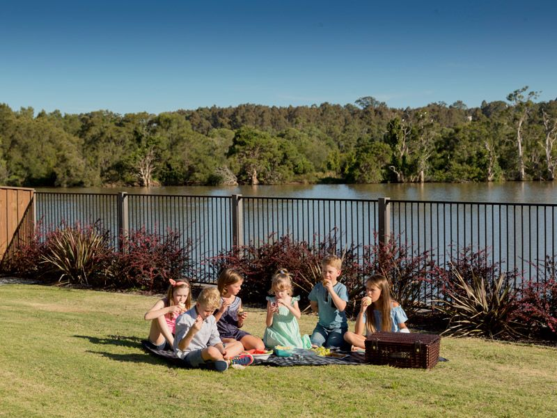 Lot 113 Grand Parade, Rutherford NSW 2320, Image 2