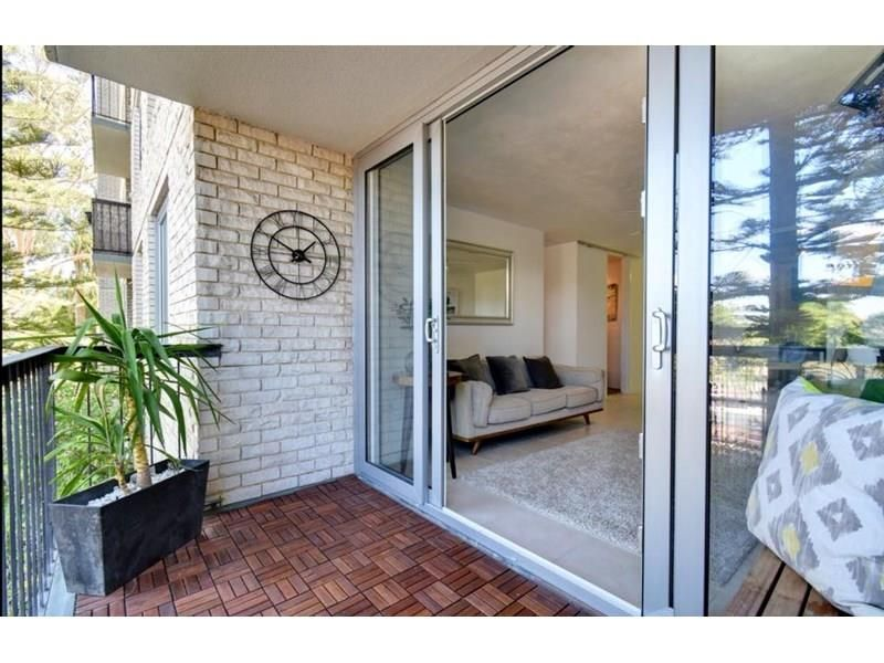 27/133 Lincoln Street, Perth WA 6000, Image 2