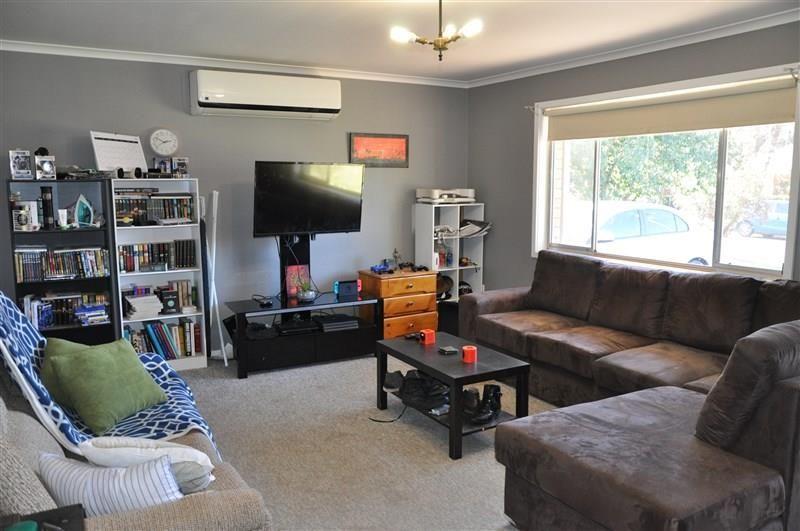 28 Coolabah Street, Forbes NSW 2871, Image 2
