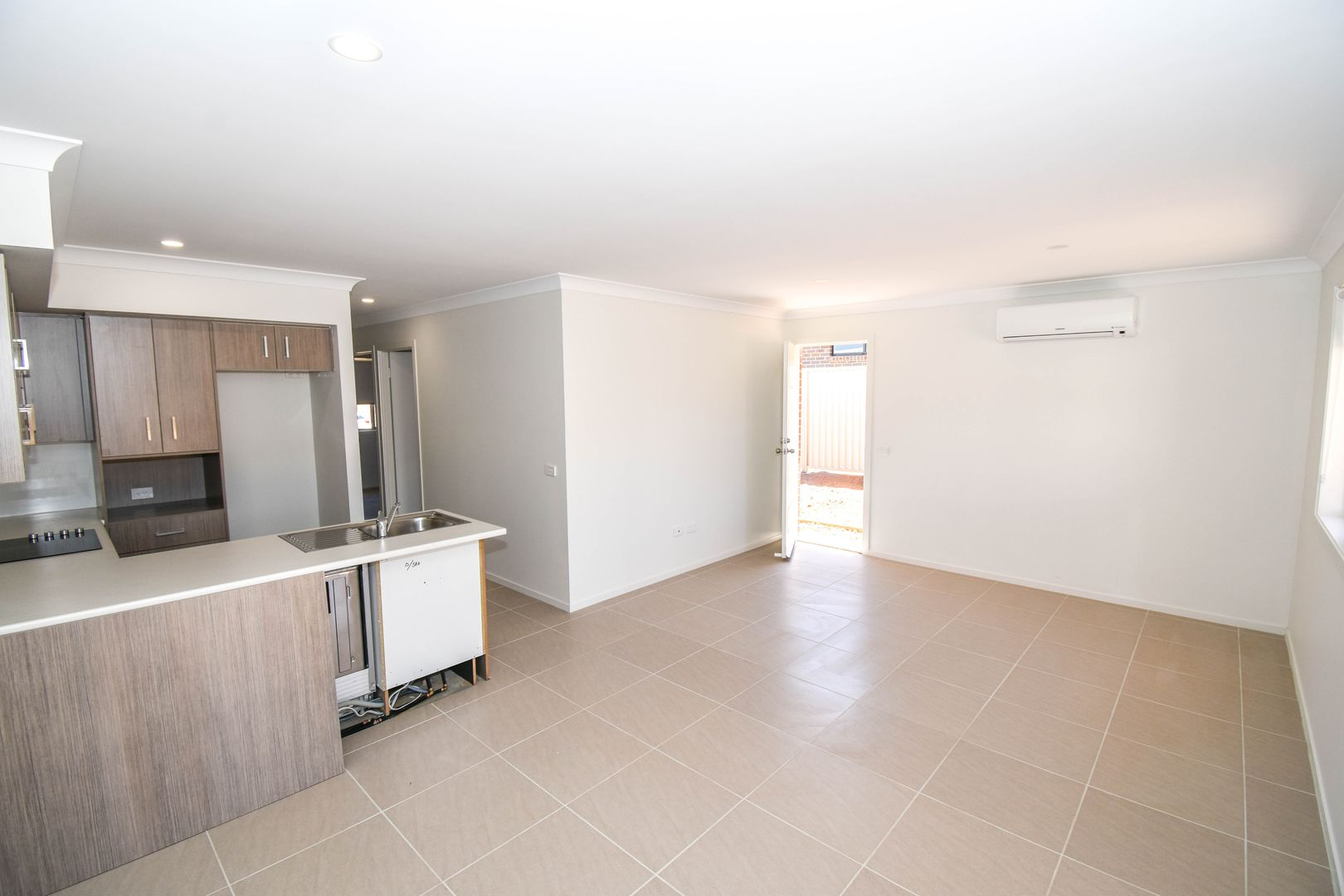 8 Newlands Cres, Kelso NSW 2795, Image 2