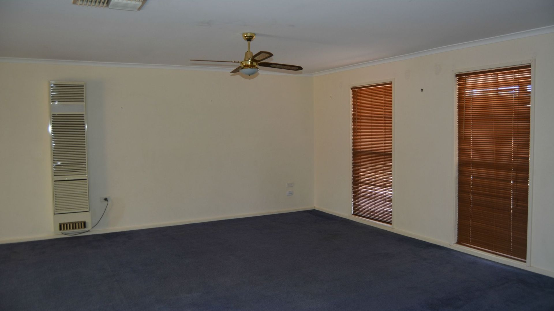 28 Pine Crescent, Roxby Downs SA 5725, Image 2