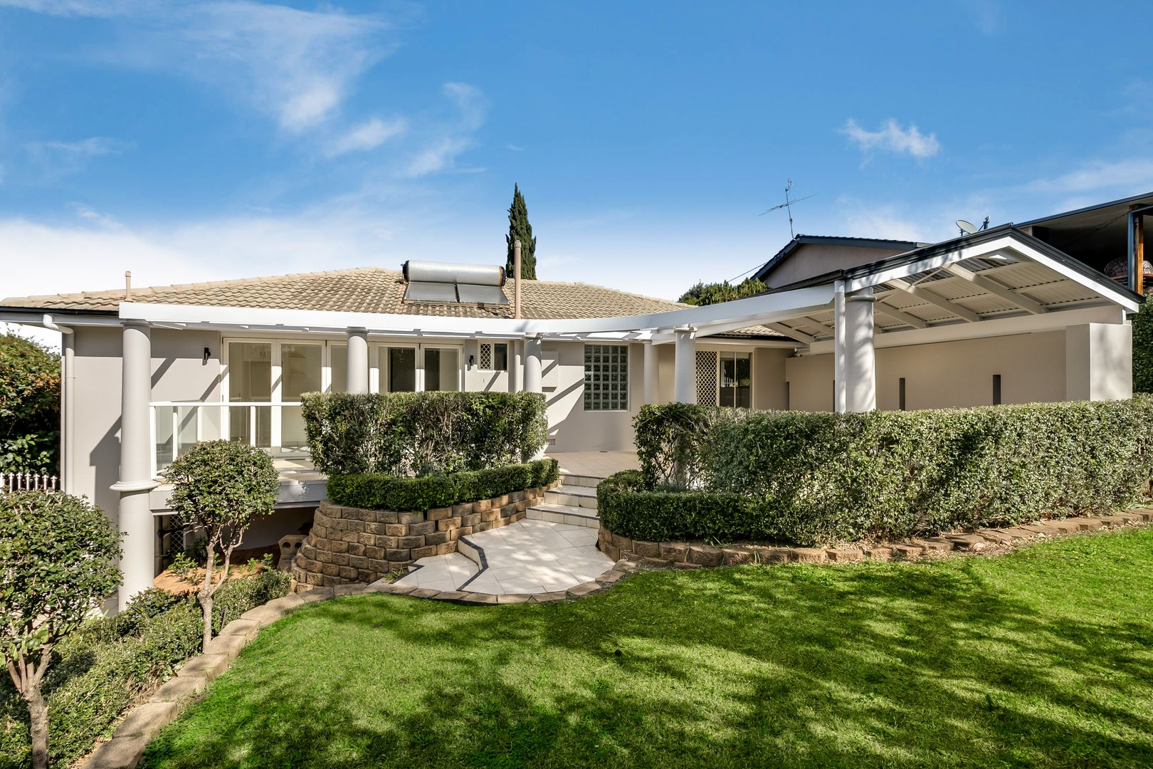3 Barrymount Crescent, Mount Lofty QLD 4350, Image 0