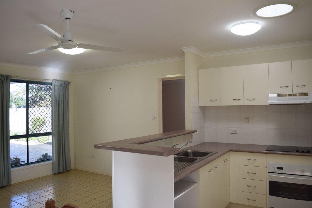 2/16 Burwah Street, Caloundra QLD 4551, Image 2