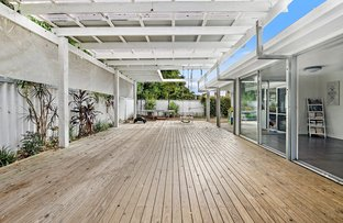 Picture of 2 Poinciana Boulevard, Broadbeach Waters QLD 4218