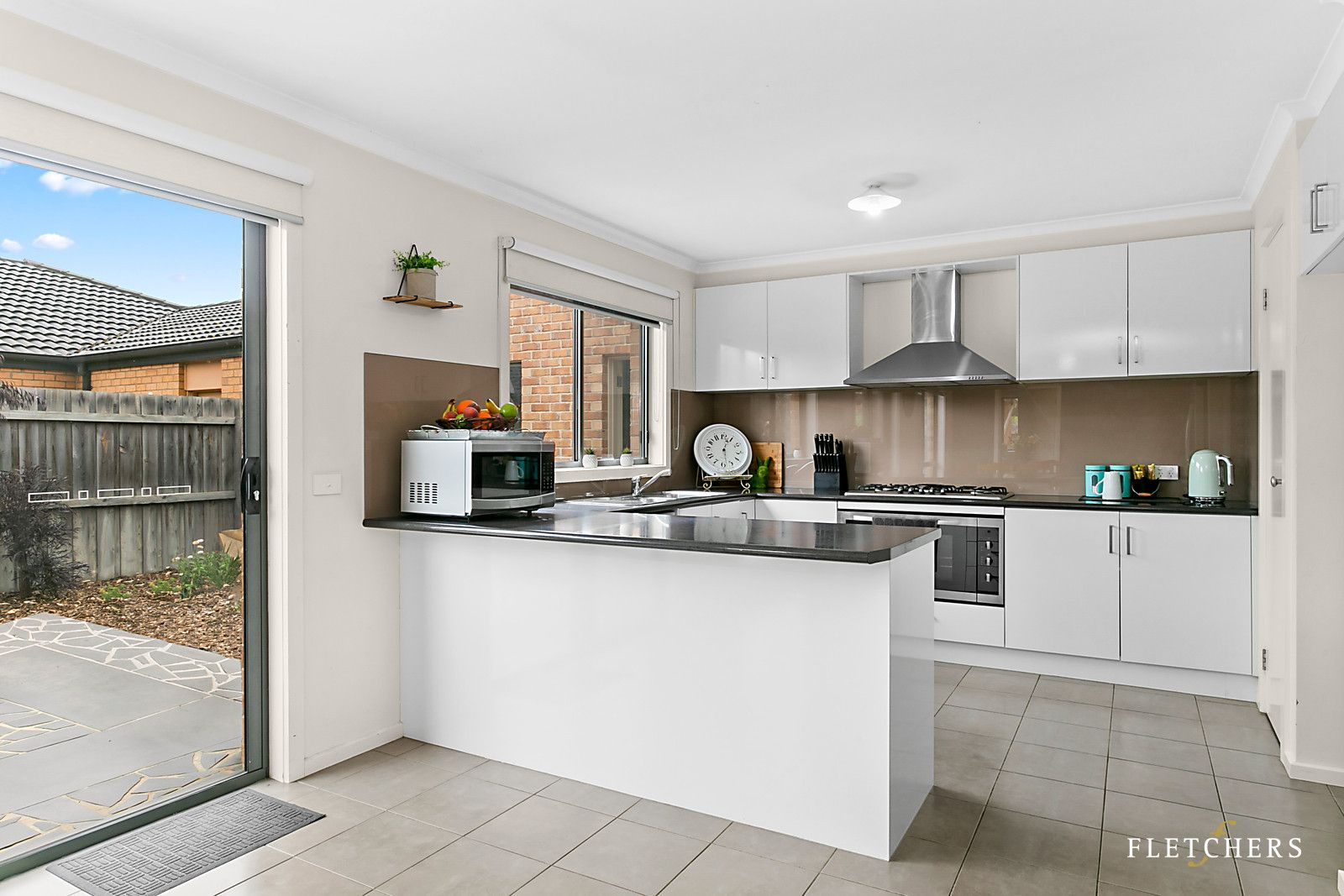 24 Countryside Drive, Leopold VIC 3224, Image 2