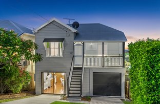 Picture of 37 Benalla Street, Manly QLD 4179