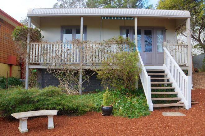 Picture of 17 Gordon Avenue, BLACKHEATH NSW 2785