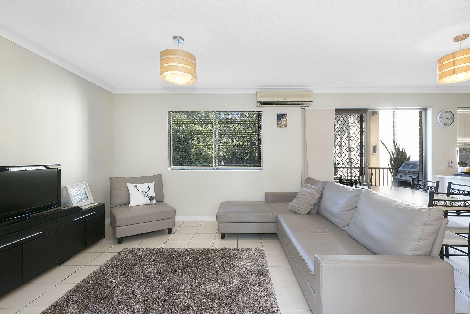 2/75 Dobson Street, Ascot QLD 4007, Image 2