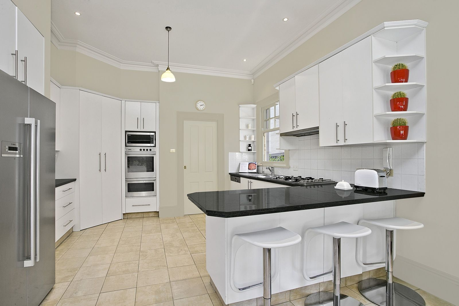 29 Wycombe Road, Neutral Bay NSW 2089, Image 2
