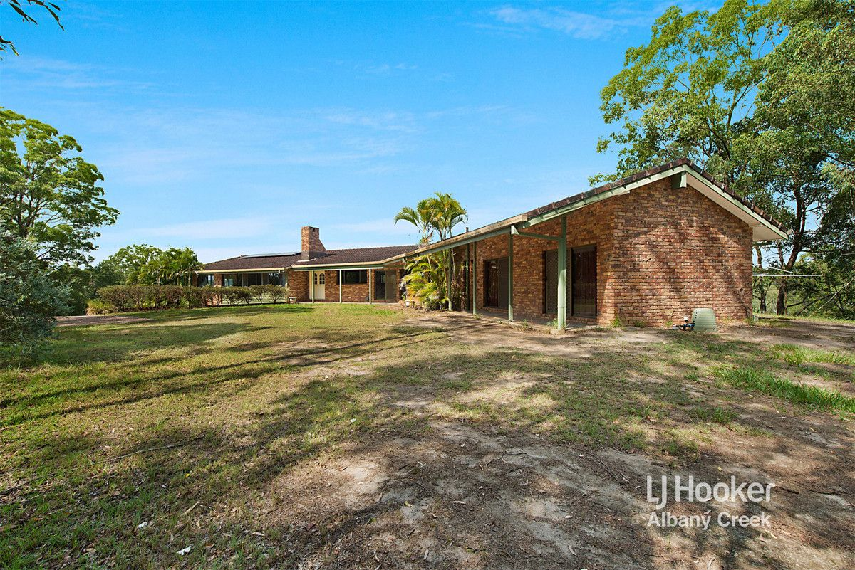 596 Eatons Crossing Road, Clear Mountain QLD 4500, Image 0