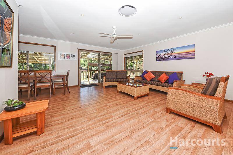 40 Firetail Court, Morayfield QLD 4506, Image 2