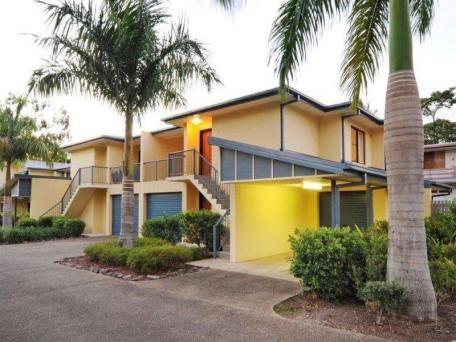 16/16 Beach Road, Cannonvale QLD 4802, Image 1
