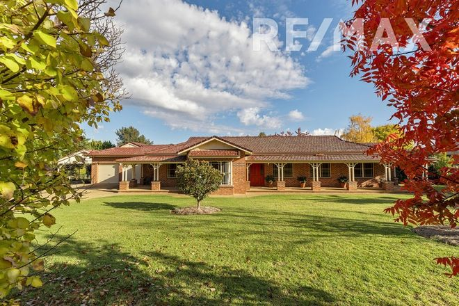 Picture of 3 Lakehaven Drive, LAKE ALBERT NSW 2650