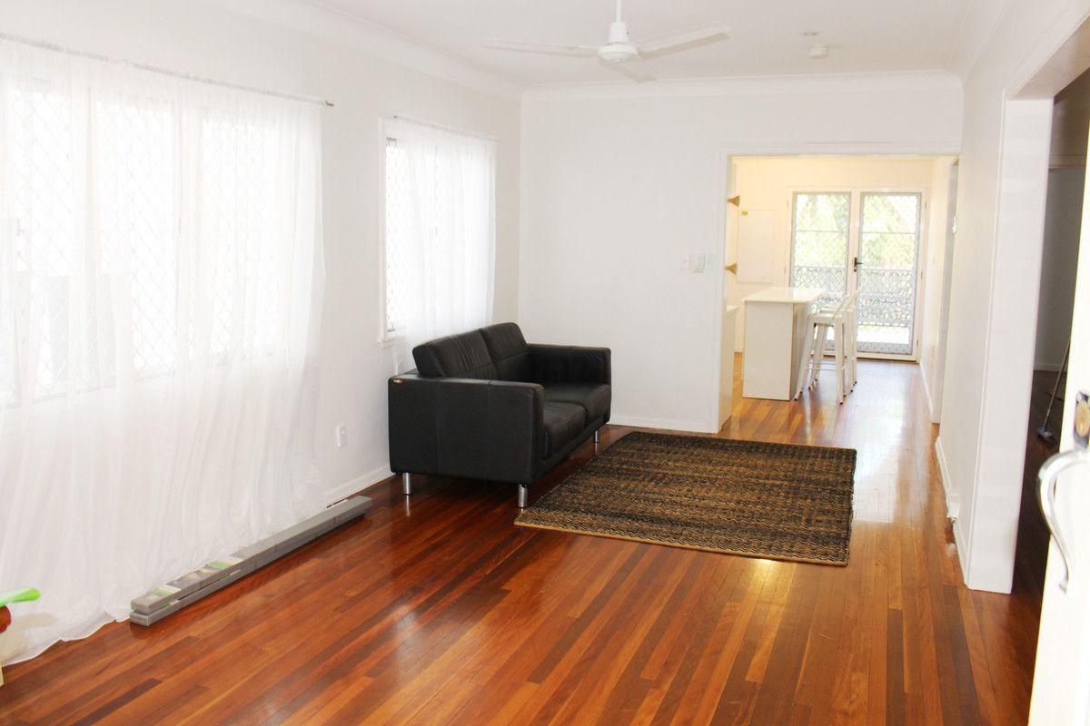 16 Kerr Street, Toowong QLD 4066, Image 2