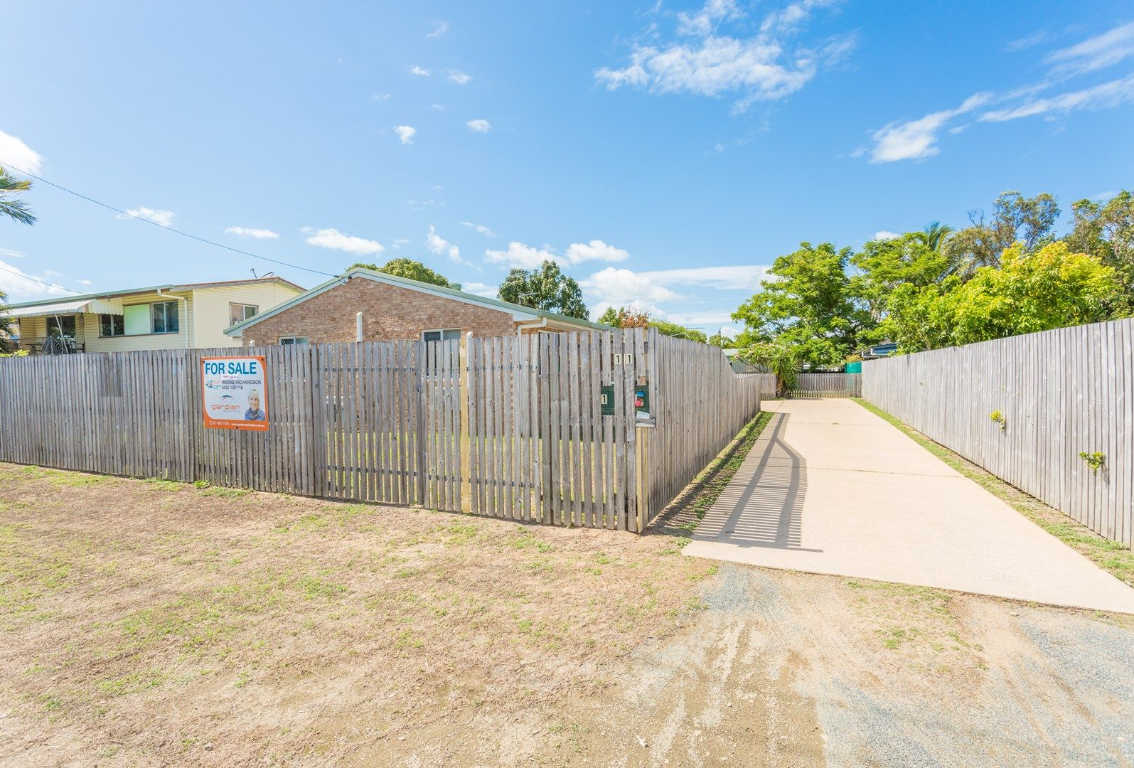 1 & 2/11 Finch Street, Slade Point QLD 4740, Image 0