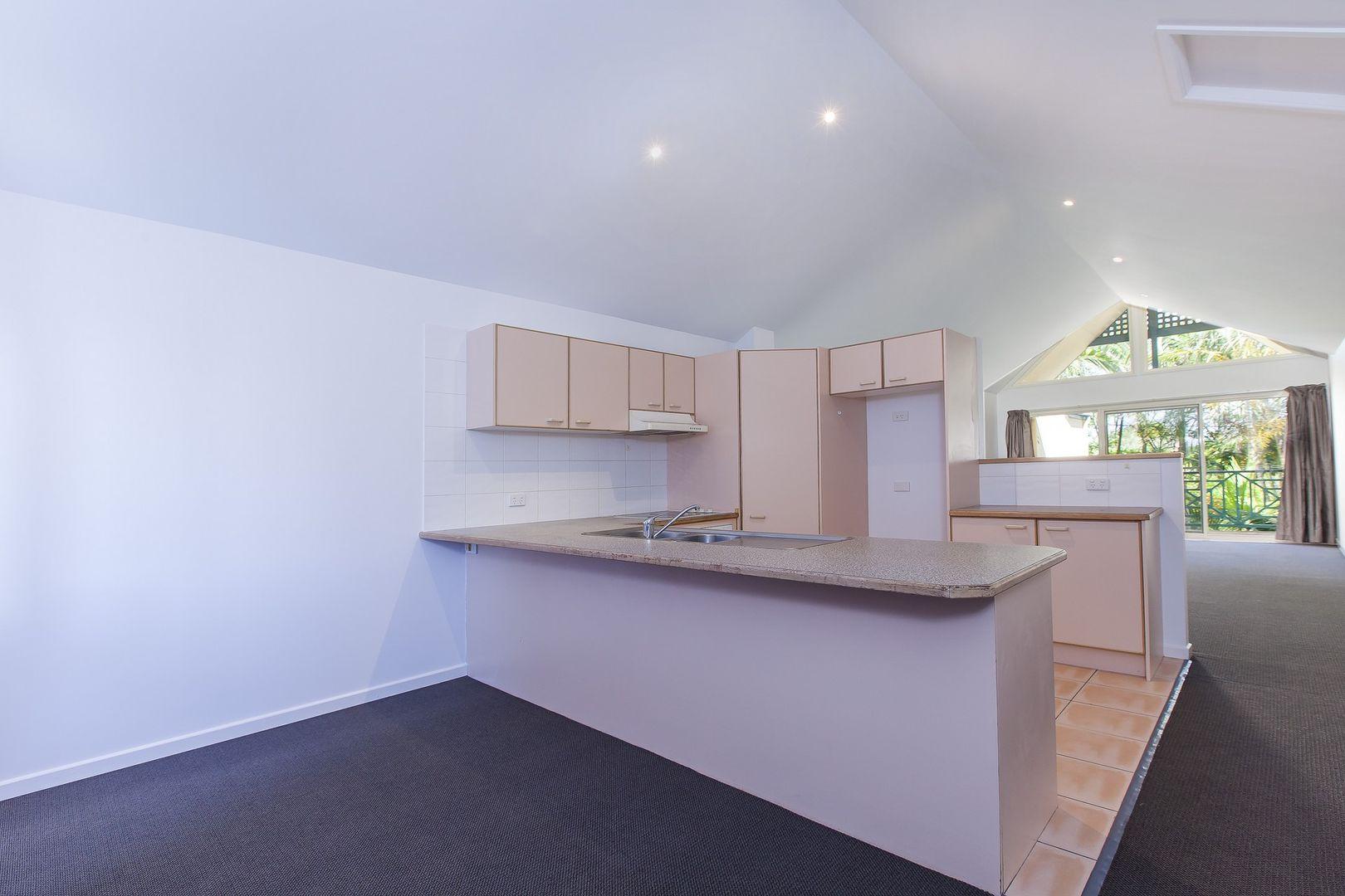 Unit 2/9 Lake Street, Tewantin QLD 4565, Image 2