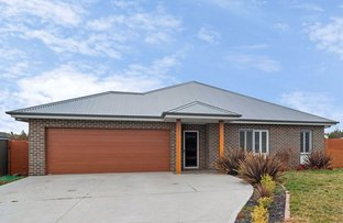 Picture of 3 Hurford Place, Orange NSW 2800