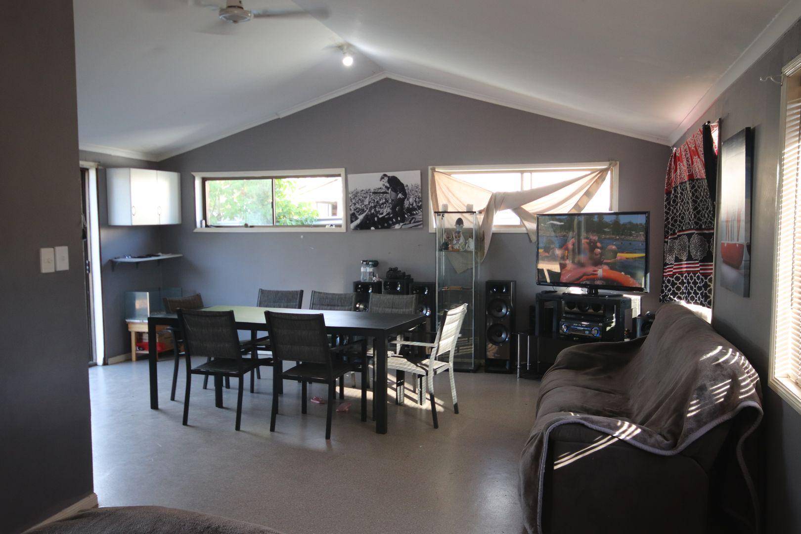 19 Stuart-Russell Street, Mundubbera QLD 4626, Image 2