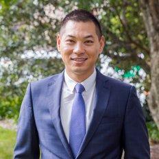 Ming Zhang, Sales representative