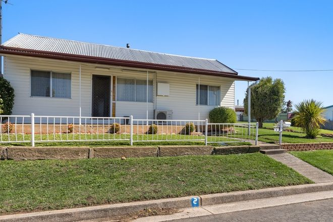 Picture of 2 Salford Street, GOULBURN NSW 2580