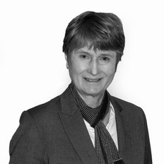 Lindy Lear, Sales representative