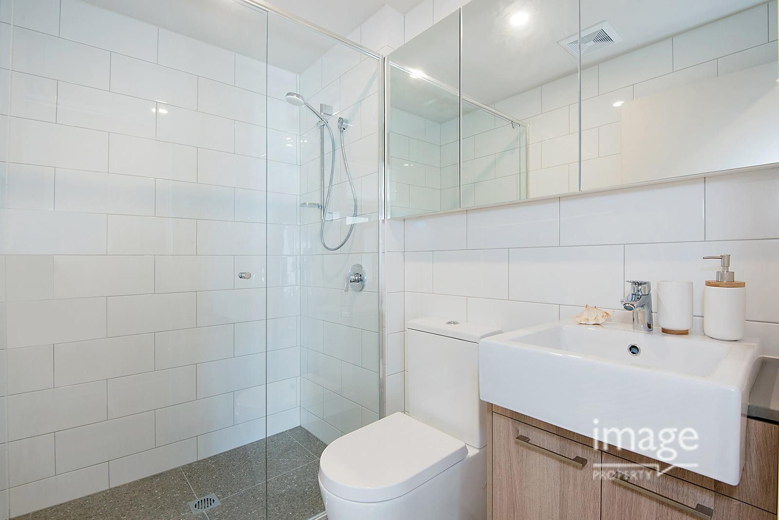 107/19 Haig Street, Coorparoo QLD 4151, Image 2