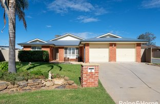 Picture of 8 Birri Place, Glenfield Park NSW 2650
