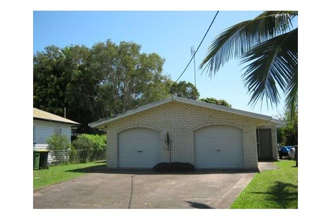 Picture of 1/33 Hinley Avenue, MAROOCHYDORE QLD 4558