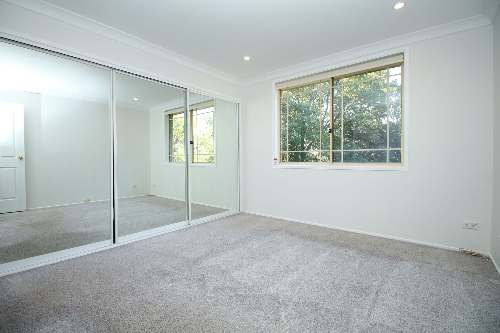4/1a Woodstock Road, Carlingford NSW 2118, Image 2