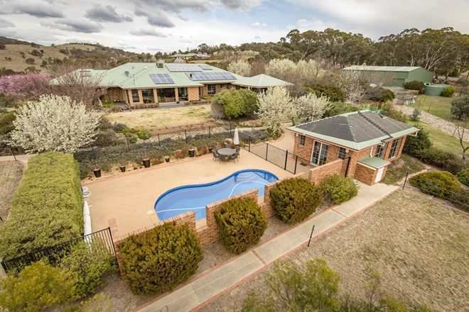 Picture of 11 Valley Drive, ROYALLA NSW 2620