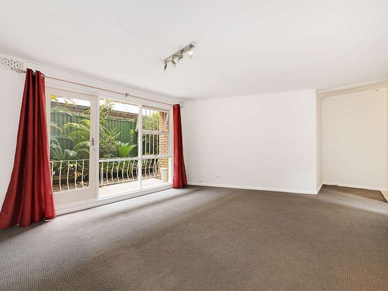 2/4 Esther Road, Mosman NSW 2088, Image 2