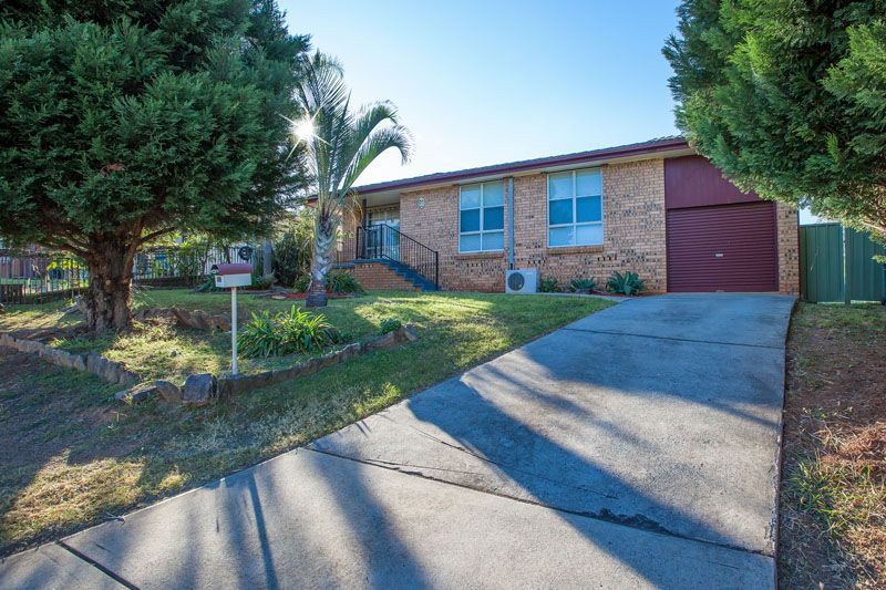2 Underwood Street, Minto NSW 2566, Image 0