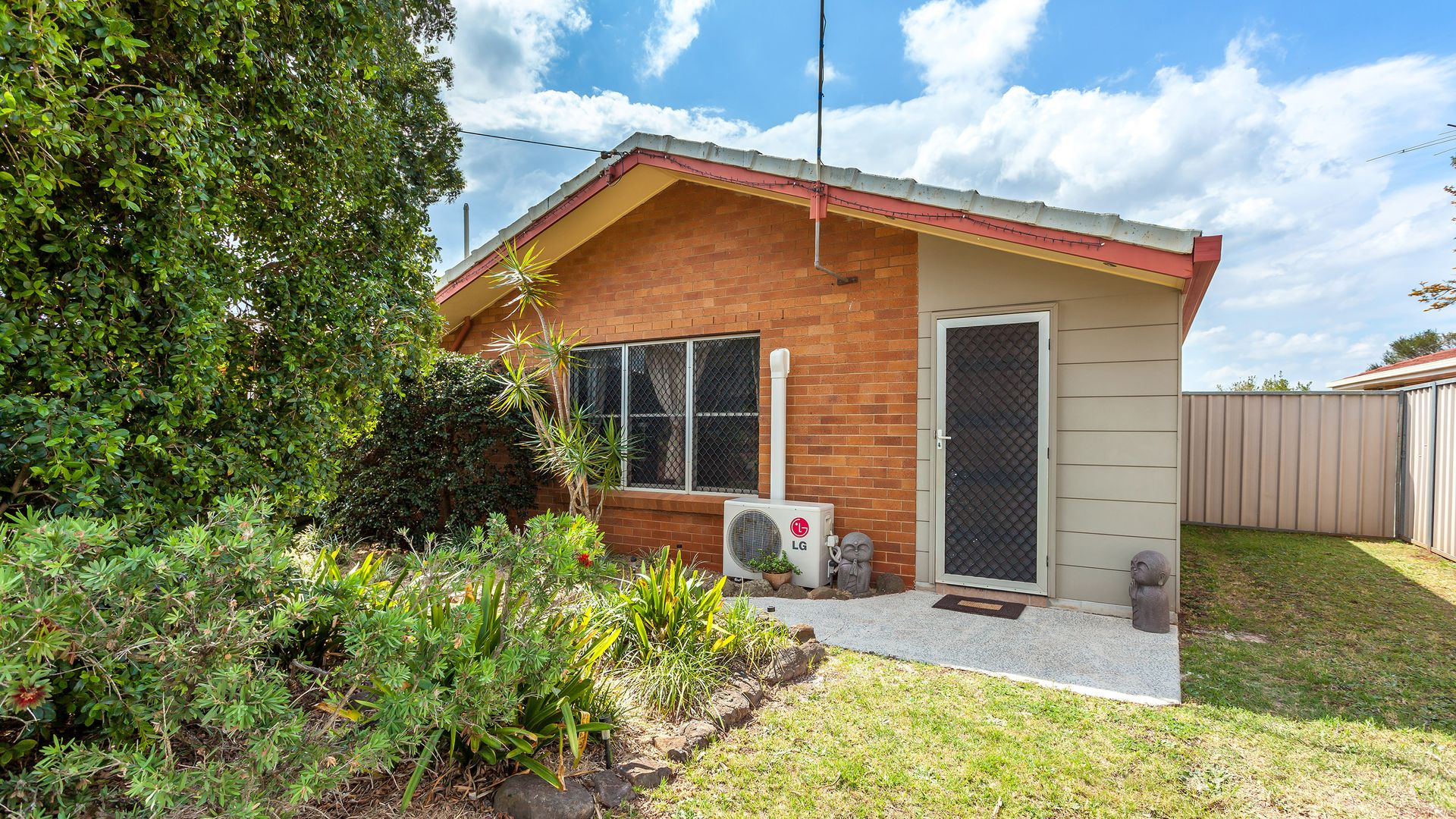 15 Scheske Street, Wilsonton QLD 4350, Image 2