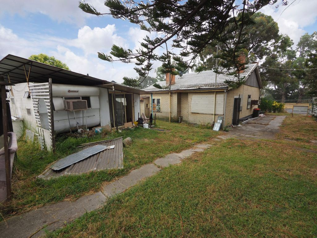 100-102 Commercial Road, Morwell VIC 3840, Image 2